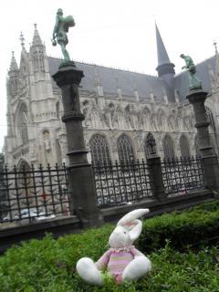Chase at the Notre Dame du Sablon in Brussels